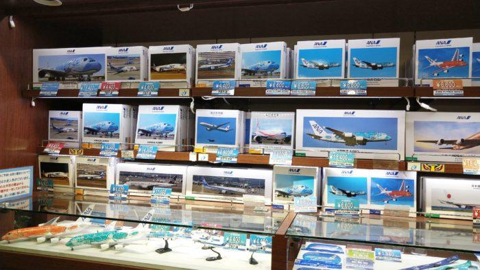 羽田-ANAFESTA-飛行機モデル